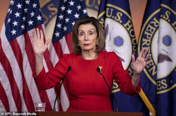 Chủ tịch Hạ viện Nancy Pelosi vẫn chưa chính thức chuyển các cáo buộc luận tội Tổng thống Mỹ Donald Trump sang Thượng viện để Thượng viện mở phiên tòa xét xử. Ảnh: UPI