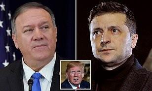 Ngoại trưởng Mỹ Mike Pompeo (trái) sẽ sang Ukraine gặp Tổng thống Volodymyr Zelensky (phải) giữa bối cảnh luận tội Tổng thống Mỹ Donald Trump (giữa). Ảnh: AFP