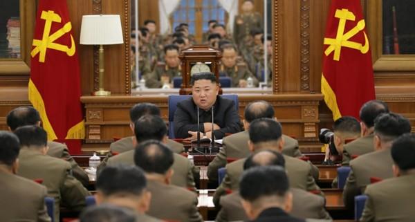 Lãnh đạo Triều Tiên Kim Jong-un trong kỳ họp thứ ba Quân ủy Trung ương đảng Lao động Triều Tiên tuần trước. Ảnh: RODONG SINMUN