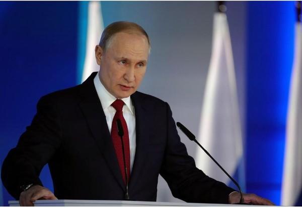 Tổng thống Nga Vladimir Putin có bài phát biểu thường niên trước Quốc hội Nga ngày 15-1. Ảnh: REUTERS