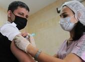1,5 tỉ người mòn mỏi đợi vaccine COVID-19