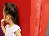 Bé 5 tuổi vì chuyện nợ của người lớn chưa dám đến trường