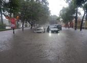 Hải Phòng: Nhiều tuyến phố ngập sau trận mưa lớn kéo dài