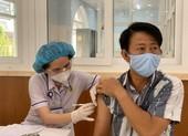 Tiêm vaccine COVID-19 đợt 5 ở TP.HCM không còn chen chúc