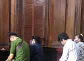 Tập đoàn cao su xin khoan hồng cho 5 nhân viên đang hầu tòa