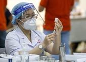 Bộ Y tế hỏa tốc yêu cầu TP.HCM và 9 tỉnh đẩy nhanh tiêm vaccine COVID-19