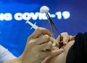 Người nhiễm HIV và ung thư có nên tiêm vaccine COVID-19?