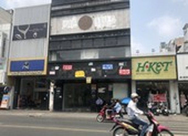 Hàng loạt nhà hàng, cà phê ở TP.HCM đóng cửa 'bỏ chạy'