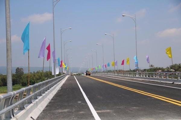 Cầu Giao Thủy trước ngày đưa vào sử dụng