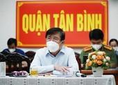 Chủ tịch TP.HCM: Không để người dân nào thiếu đói khi thực hiện giãn cách xã hội