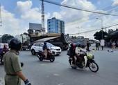Bình Dương: Xe ben quẹt xe ôm, tài xế tử vong