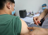 Thêm 1,2 triệu liều vaccine AstraZeneca về đến Việt Nam