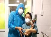 Nhân viên BV Đà Nẵng: Cười nhiều hơn để vượt qua cơn bão dịch