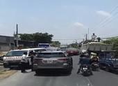 Phạt tiền, tước bằng lái tài xế không nhường đường xe cấp cứu