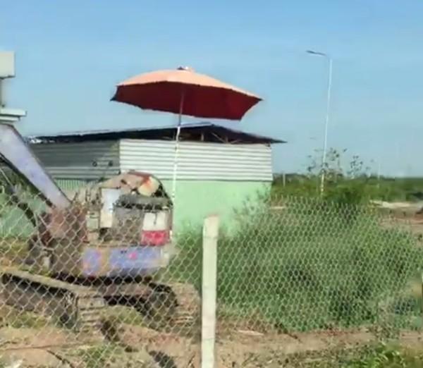 Nhà kho mà Nguyễn Hoàng Trung Kiên đã kép sập 1