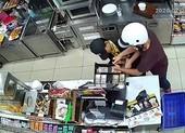 Khởi tố nhóm cướp cửa hàng tiện lợi
