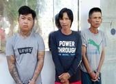 Tạm giữ 3 người cưỡng đoạt tài sản người hành hương