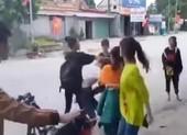 Xôn xao clip bốn nữ sinh đánh hội đồng một nữ sinh lớp 11