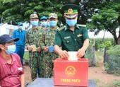 Biên phòng An Giang vừa bám chốt biên giới vừa bầu cử