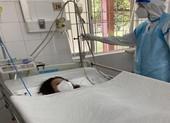 Cần Thơ: Cấp tốc mổ cấp cứu bắt con cho sản phụ nhiễm COVID-19