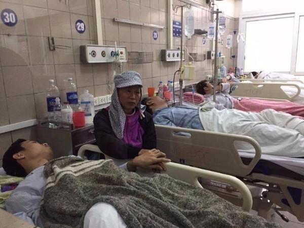 Một nạn nhân ngộ độc thuốc diệt cỏ paraquat đang điều trị tại Trung tâm chống độc BV Bạch Mai.