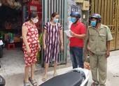 TP.HCM kiểm tra, phạt người không đeo khẩu trang nơi công cộng