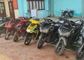 CSGT TP.HCM 'ém quân' vây bắt nhóm đua xe ở phà Cát Lái