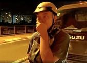 Không đeo khẩu trang, thanh niên nhậu say phóng xe vào đường cấm