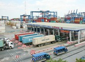 TP.HCM đề nghị hoãn thu phí hạ tầng cảng biển đến tháng 10-2021