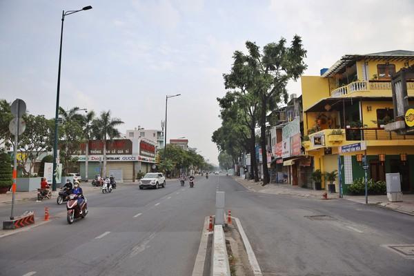Chốt kiểm soát Nguyễn Kiệm trước và sau 2