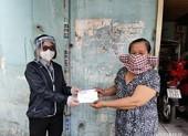 TP.HCM: Đã có hơn 251.000 người vé số, hàng rong,... nhận được tiền hỗ trợ