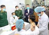 Việt Nam chính thức tiêm thử nghiệm vaccine COVID-19