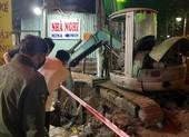 2 công nhân tại Bình Dương rơi xuống hố đất thương vong