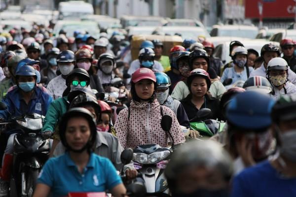 kẹt xe trên đường Điện Biên Phủ