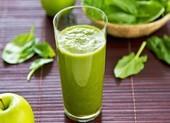 Nước ép rau bina có thể giúp giảm huyết áp và chống ung thư