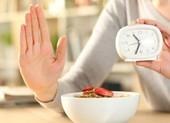 Nhịn ăn gián đoạn trong 1 tháng, chuyện gì xảy ra?