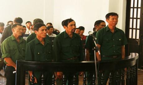 ra lệnh bắt tạm giam các cựu chiến binh