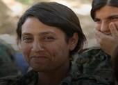 Nghi nữ tay súng người Kurd bị FSA hành hình man rợ