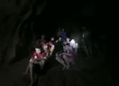 Clip: Khoảnh khắc đầu tiên tìm thấy đội bóng nhí Thái Lan