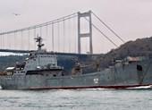 Tàu chiến Nga chở lượng lớn vũ khí tiến về Syria