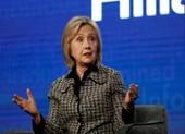 Bà Hillary Clinton: Chẳng ai thích làm việc với ông Sanders cả