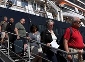 Một du khách Mỹ nhiễm virus COVID-19 sau khi rời tàu Westerdam