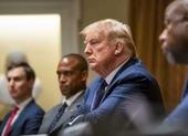 Ông Trump nói đang uống thuốc trị sốt rét để ngừa COVID-19