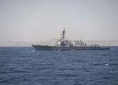 Tàu Iran vừa cập cảng, Mỹ điều tàu chiến áp sát Venezuela