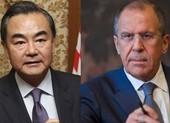 Bộ trưởng Ngoại giao Trung Quốc - Nga điện đàm bàn đối phó Mỹ