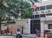 Mỹ hạ cờ tại lãnh sự quán ở Thành Đô