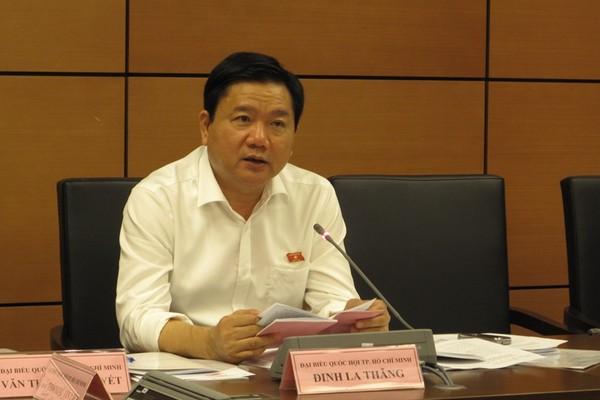 Bí thư Thành ủy Đinh La Thăng tại buổi thảo luận tổ Quốc hội ngày 22-10.