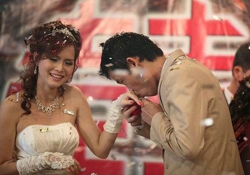 Đám cưới lần hai của Hiệp gà với Thu Trang bị dư luận