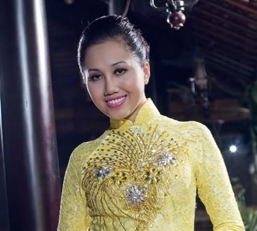 4 hoa hậu Việt phải đối diện với vành móng ngựa