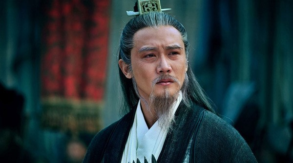 Lục Nghị vai Gia Cát Lượng trong phim Tân Tam quốc.